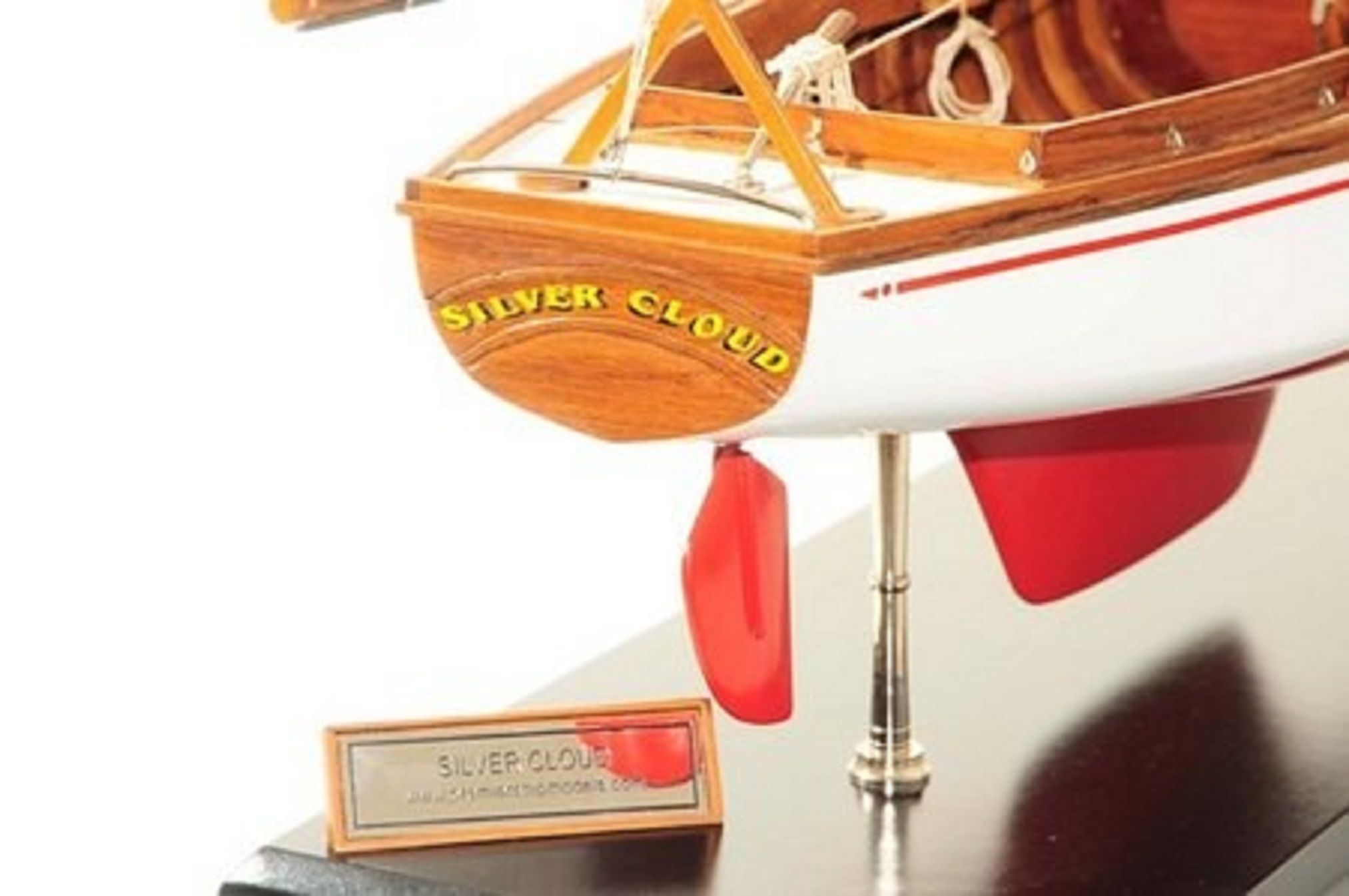 665-7627-Silver-Cloud-Model-Yacht-Premier-Range