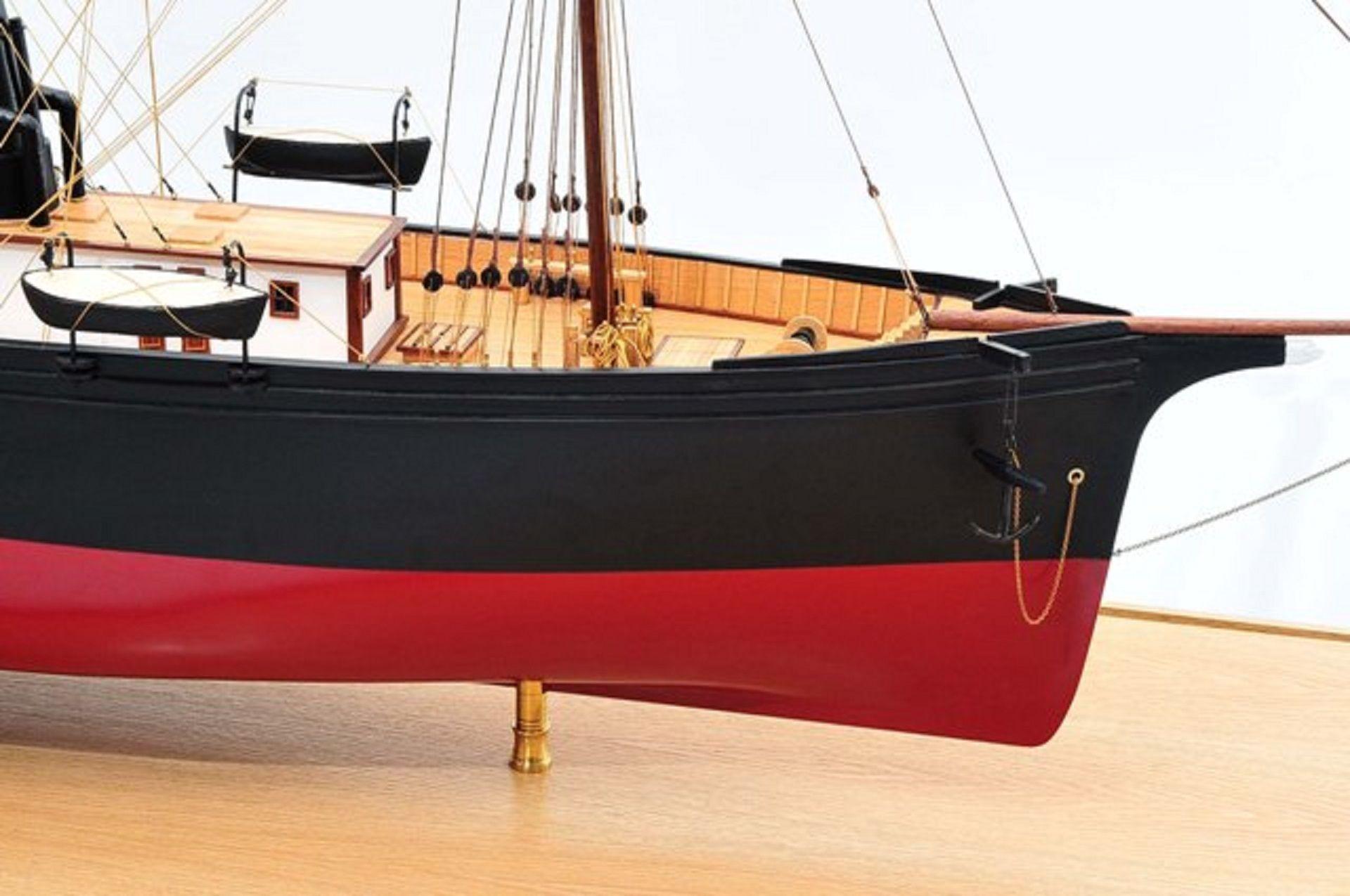 668-8645-California-Model-Ship-Premier-Range