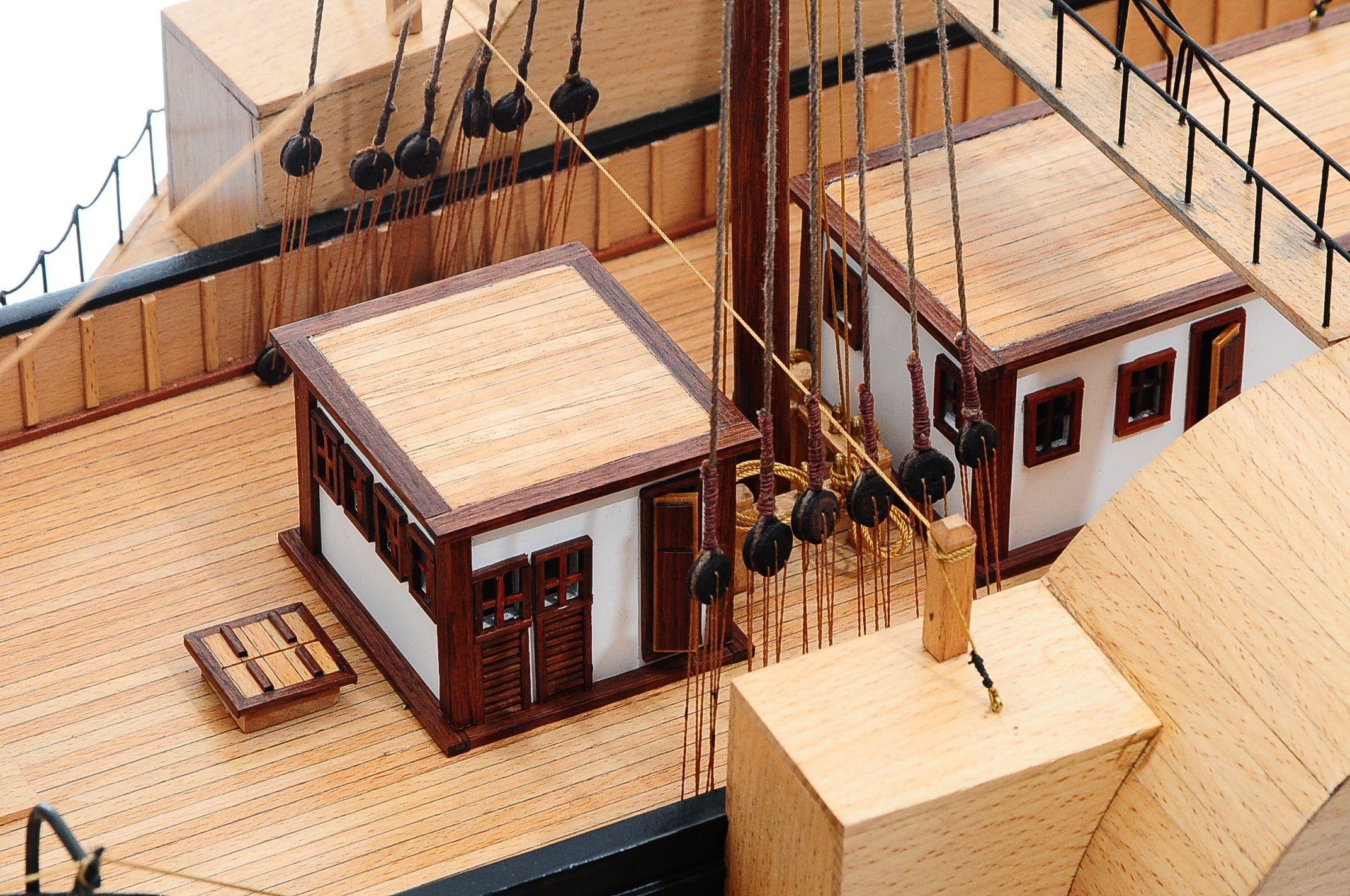 668-8649-California-Model-Ship-Premier-Range
