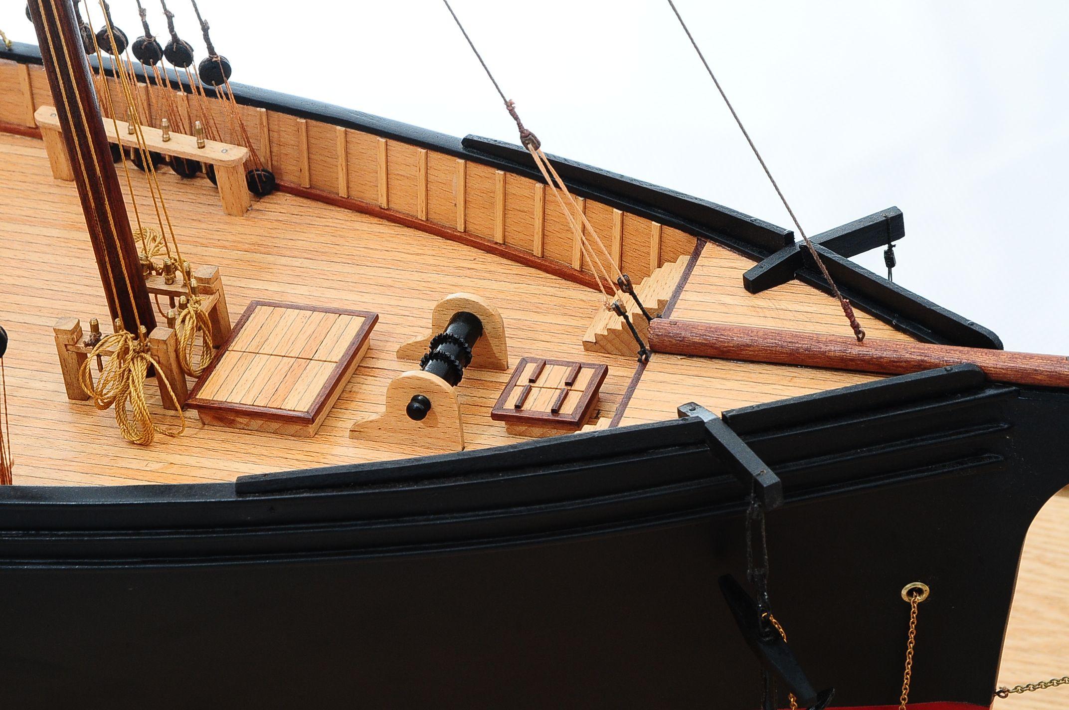 668-8651-California-Model-Ship-Premier-Range