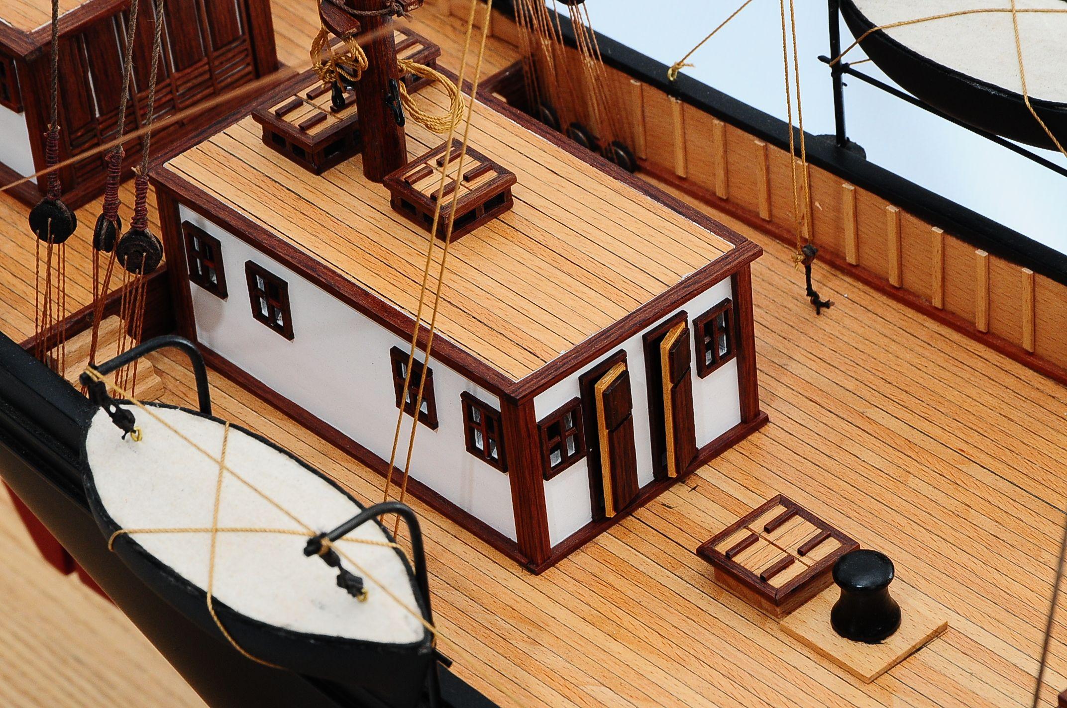 668-8652-California-Model-Ship-Premier-Range