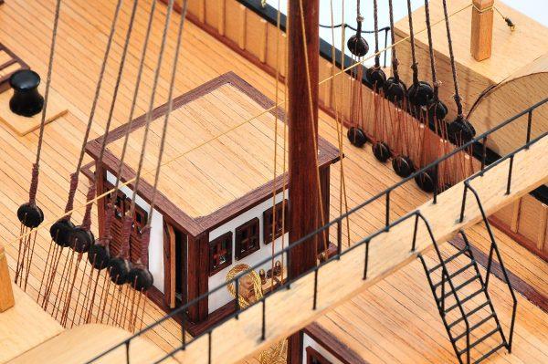 668-8653-California-Model-Ship-Premier-Range