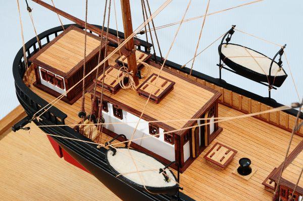668-8656-California-Model-Ship-Premier-Range