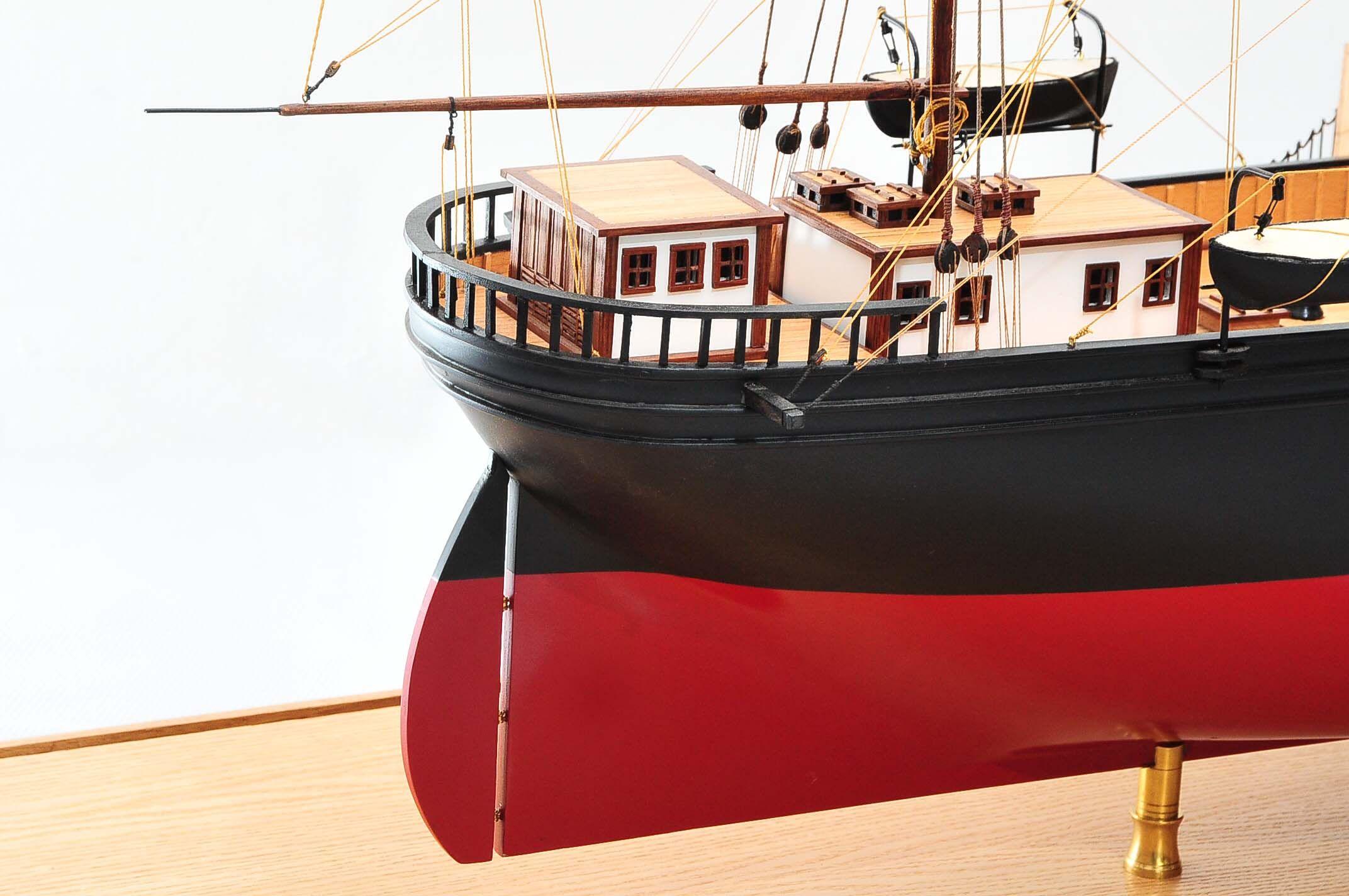 668-8658-California-Model-Ship-Premier-Range