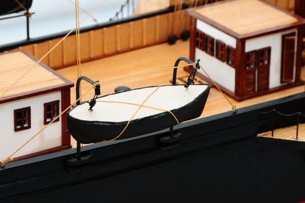 668-8661-California-Model-Ship-Premier-Range