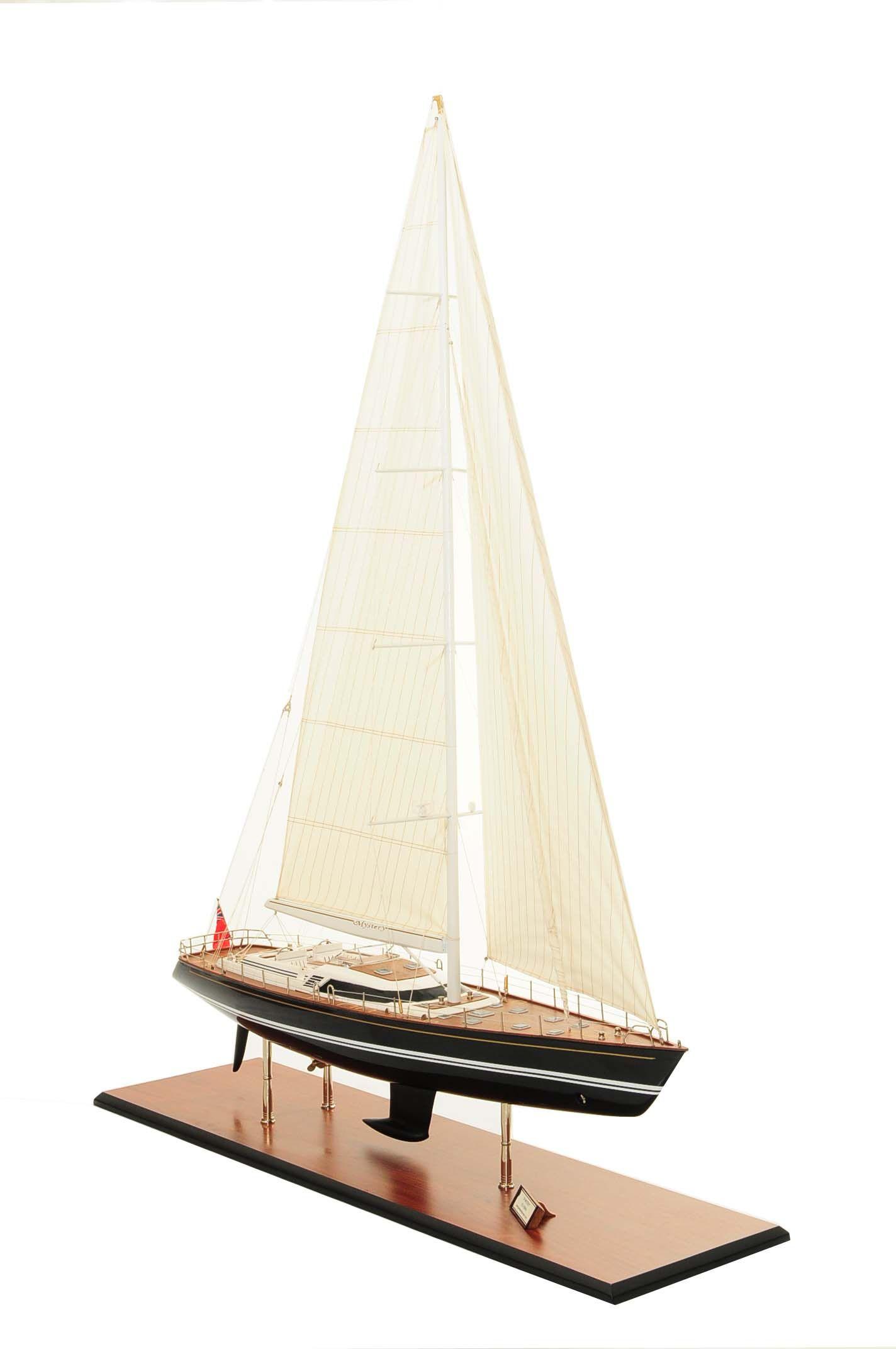 709-6071-Mystery-Model-Yacht