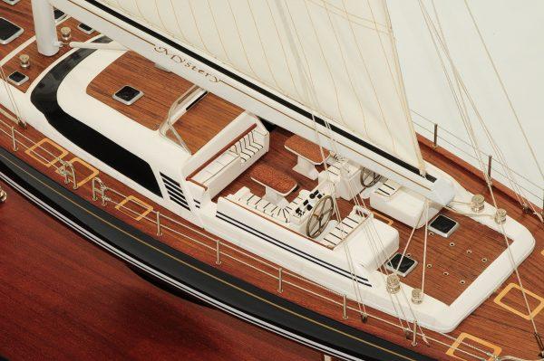 709-6075-Mystery-Model-Yacht