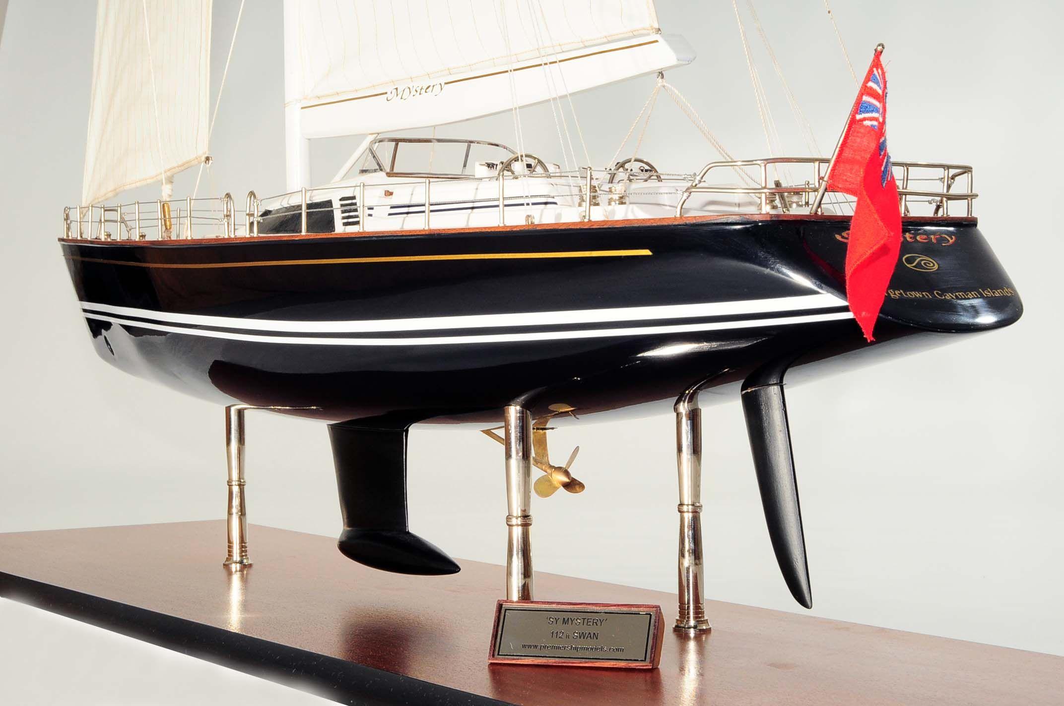 709-6085-Mystery-Model-Yacht