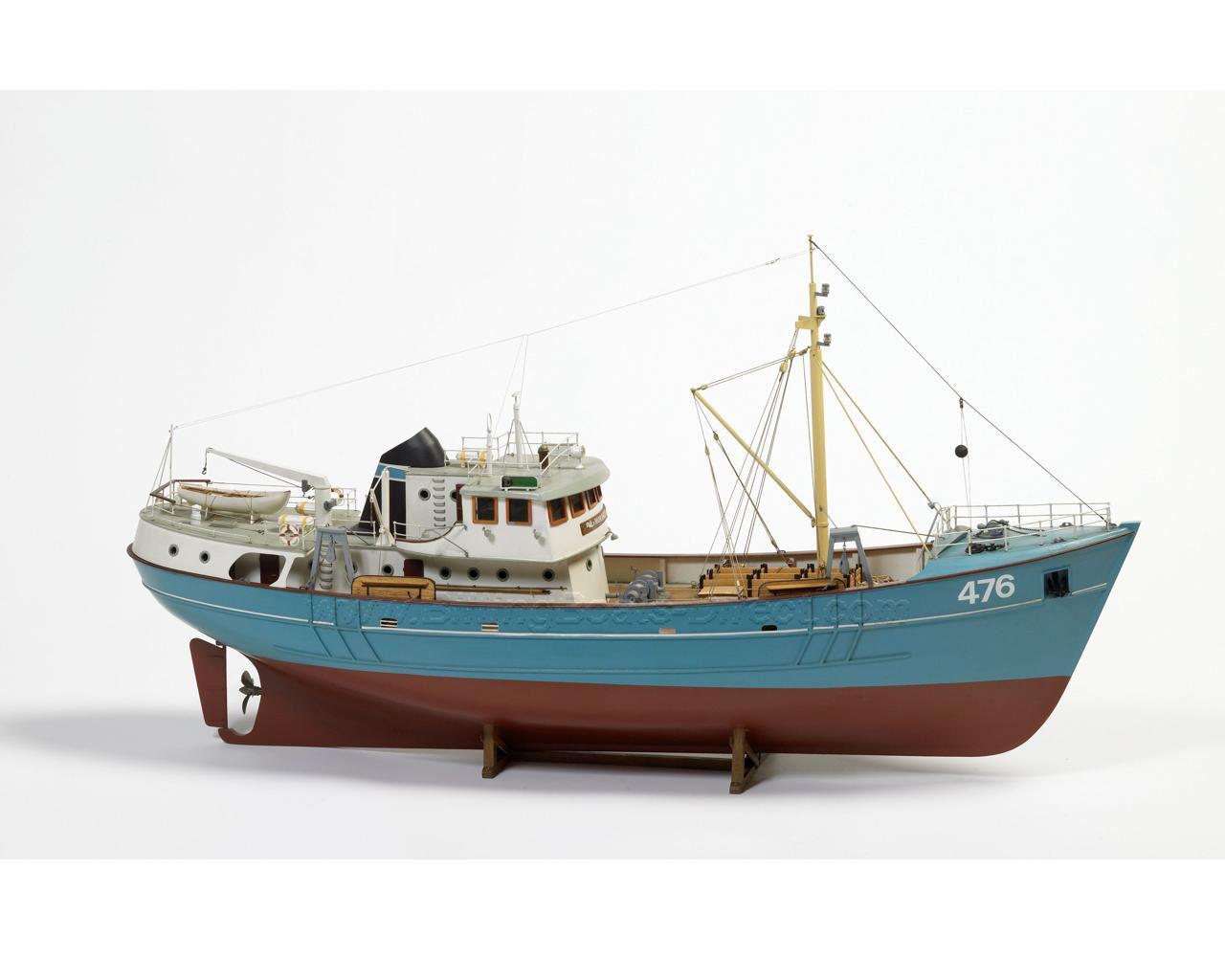 795-7984-Nordkap-Model-Boat-Kit