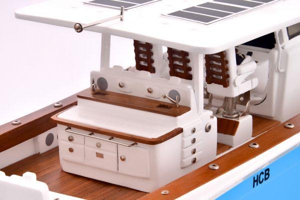Suenos Model Yacht (Blue)