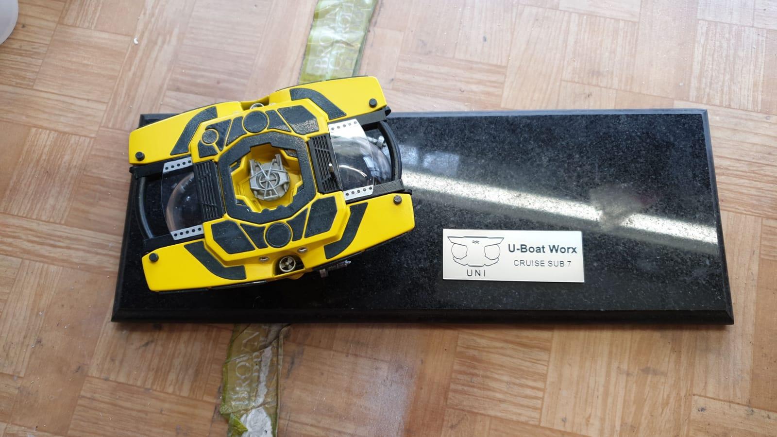 Cruise Sub 7 Submersible Model
