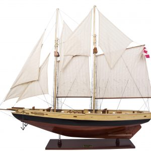 Bluenose II Model Yacht (Standard Range) - Authentic Models (AS138)