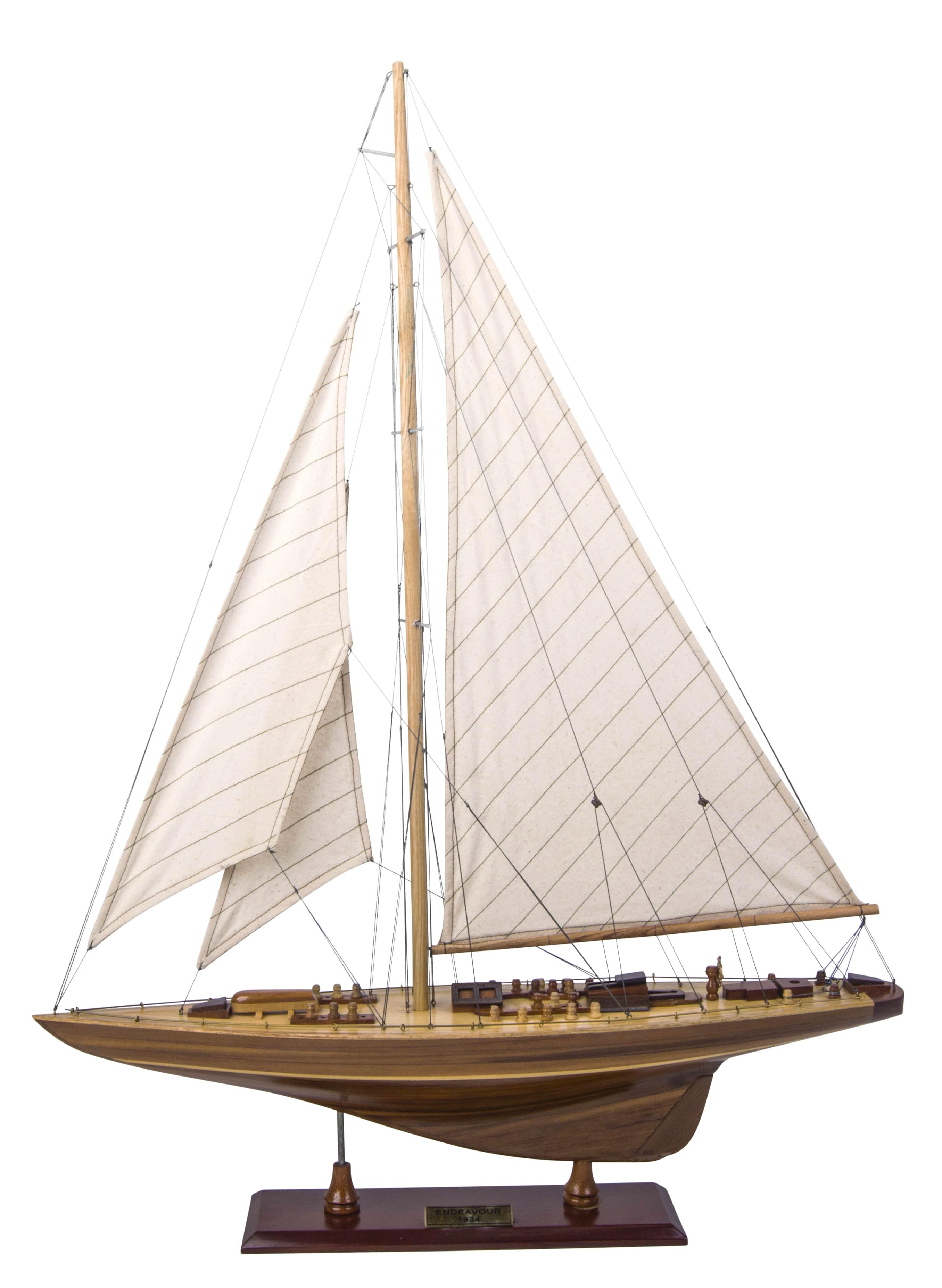 Endeavour Model Yacht Wood (Standard Range) - Authentic Models (AS156)