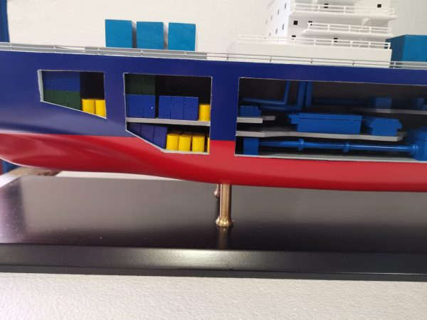 Open Hull Container Ship