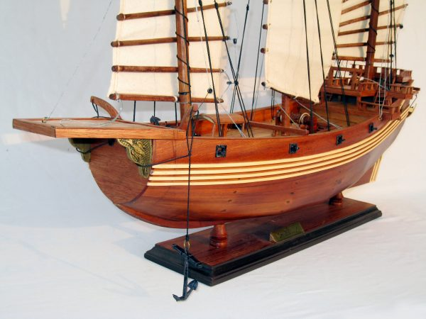 Chinese Junk Wooden Model Ship - GN (TS0027RW)