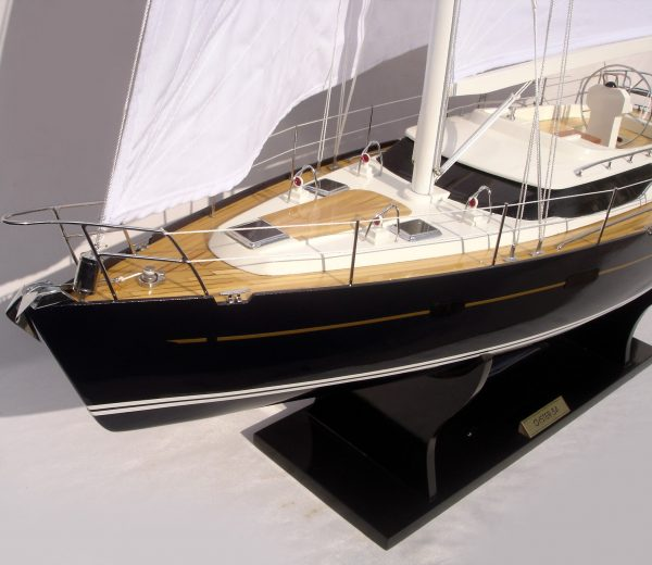 Oyster 54 Model Yacht - GN (YT0042P-80)