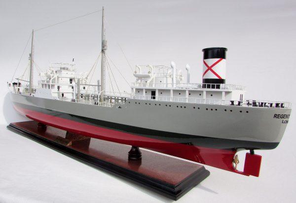 Regent Leopard Wooden Model Ship - GN (TK0079P)