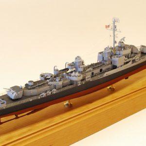USS Gearing DD-710 Model Ship Kit - BlueJacket (K1961)
