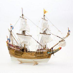 Duyfken (Walnut) Model Boat Kit - Kolderstok (KOL2)